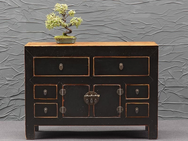 Antikes Sideboard in Schwarz aus China