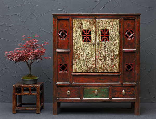Antikes Highboard aus China, aufgearbeitet