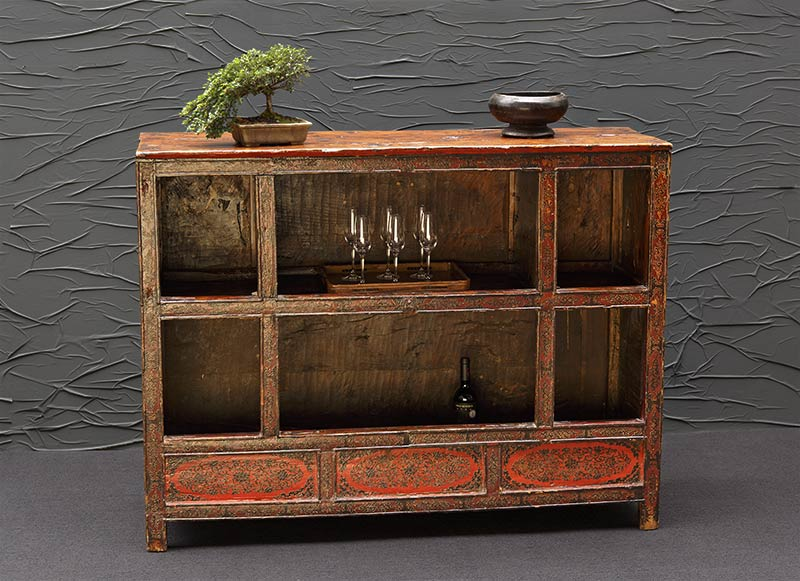 dekorative antike sideboards